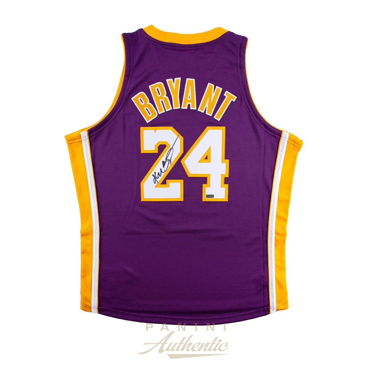 promo code 18f16 2d731 Kobe Bryant Autographed Mitchell & Ness 2006-2007 Purple #24 ...